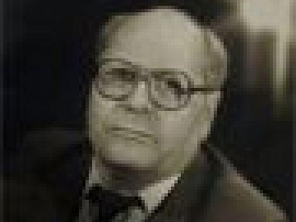 Експозиція до відзначення 85-річчя з дня народження засновника ансамблю танцю «Ятрань» і академічного театру народної музики, пісні і танцю «Зоряни» Анатолія Михайловича Кривохижи