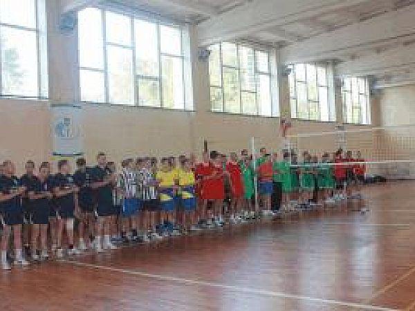Відбулось свято для любителів спорту - турнір з волейболу!