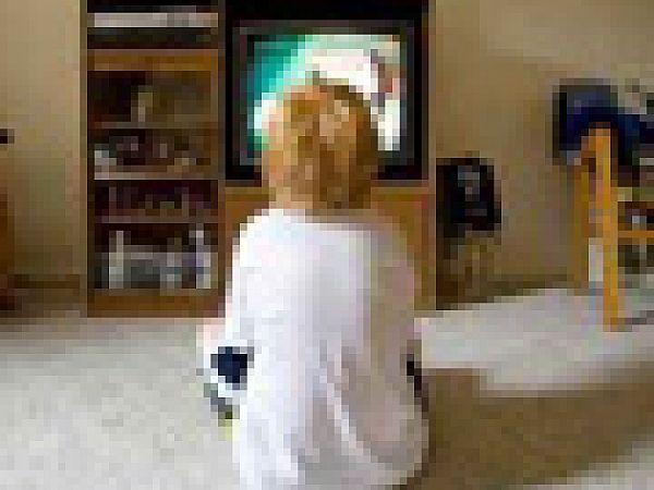 Телевизор негативно влияет на развитие детей