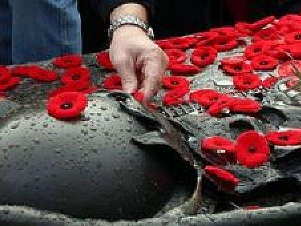 Праздничная символика Дня Победы – чему отдать предпочтение?